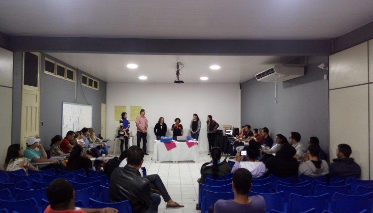 Gestor do Programa Bolsa Família de Caetité ministra capacitação em Itapetinga