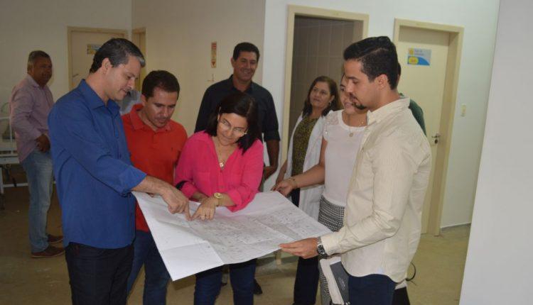Equipe da secretaria de Saúde do Estado e do Instituto Médico Delfin realizam visita técnica para implantação da Unacon em Caetité