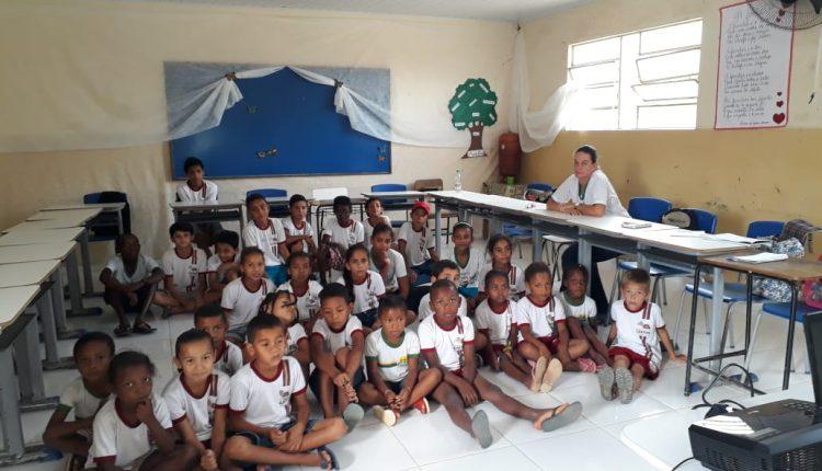 Palestra sobre Cultura da Paz é realizada em Escola do Povoado do Cercado
