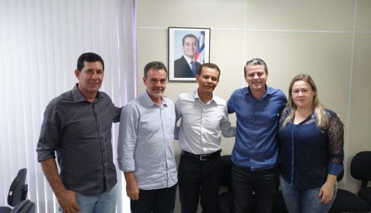 Prefeito Aldo Gondim trata de demandas para extensão de rede de energia na SEINFRA